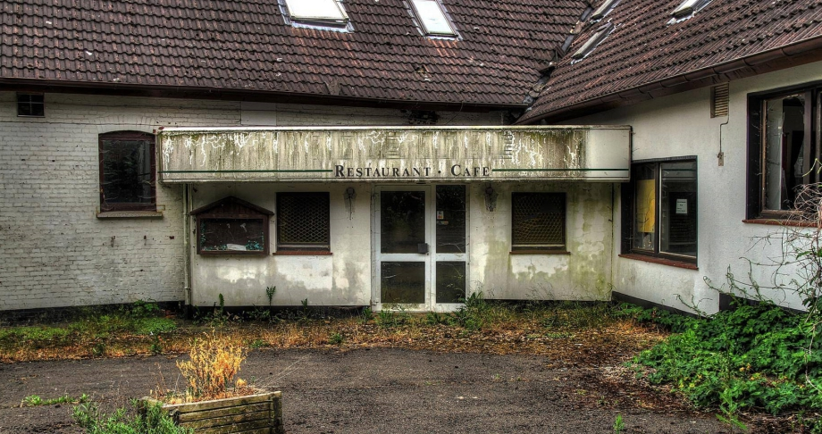 Paul S Pixelwelten Verlassenes Hotel
